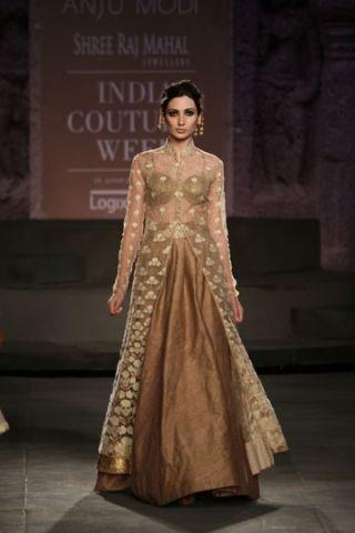 Anju Modi. ICW 14'. Indian Couture.