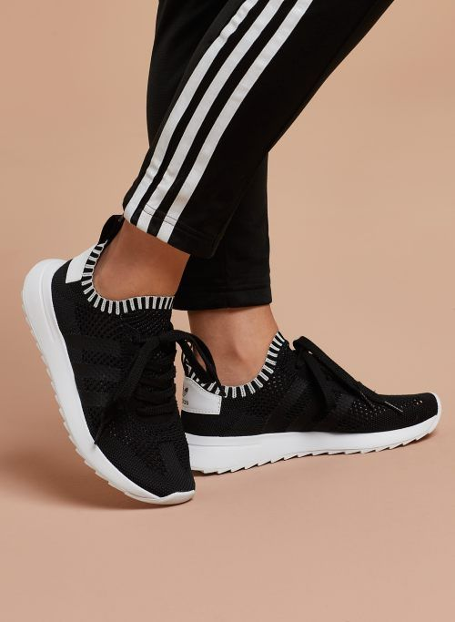 best sneakers 80502 a0b43 FLASHBACK SNEAKER | Aritzia | footwear. | Sneakers, Shoes, Adidas shoes