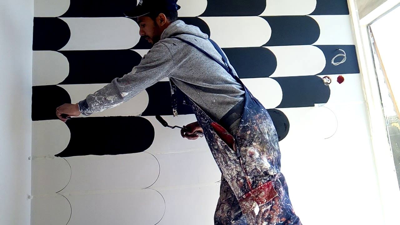 شرح رسم 3d على الجدران Youtube 3d Wall Painting Christopher Designs Bedroom Wall Designs