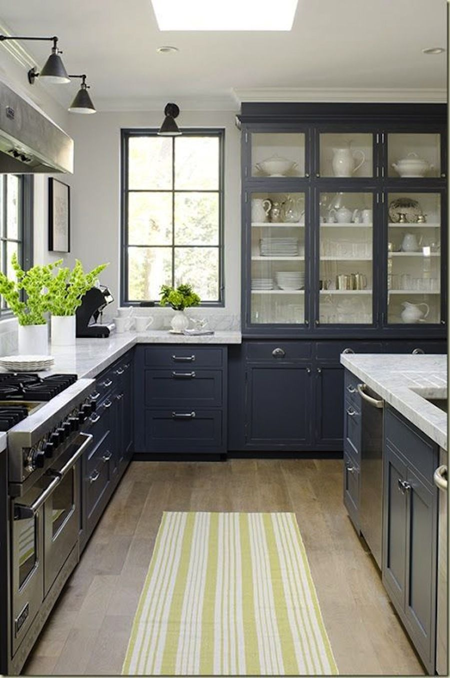 15 Stunning Gray Kitchens Kitchen Design Kitchen Inspirations