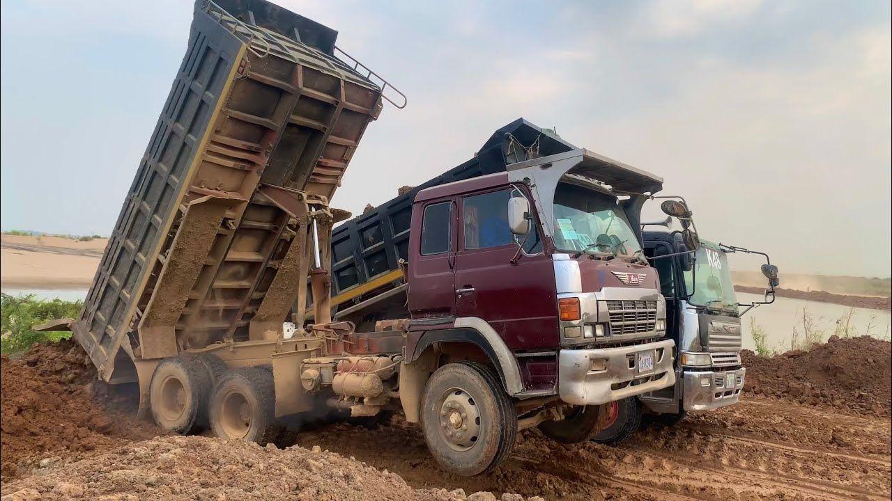 ឡានចាក់ដីហោះកង់មុខ Truck Unload Failure Fly in 2020