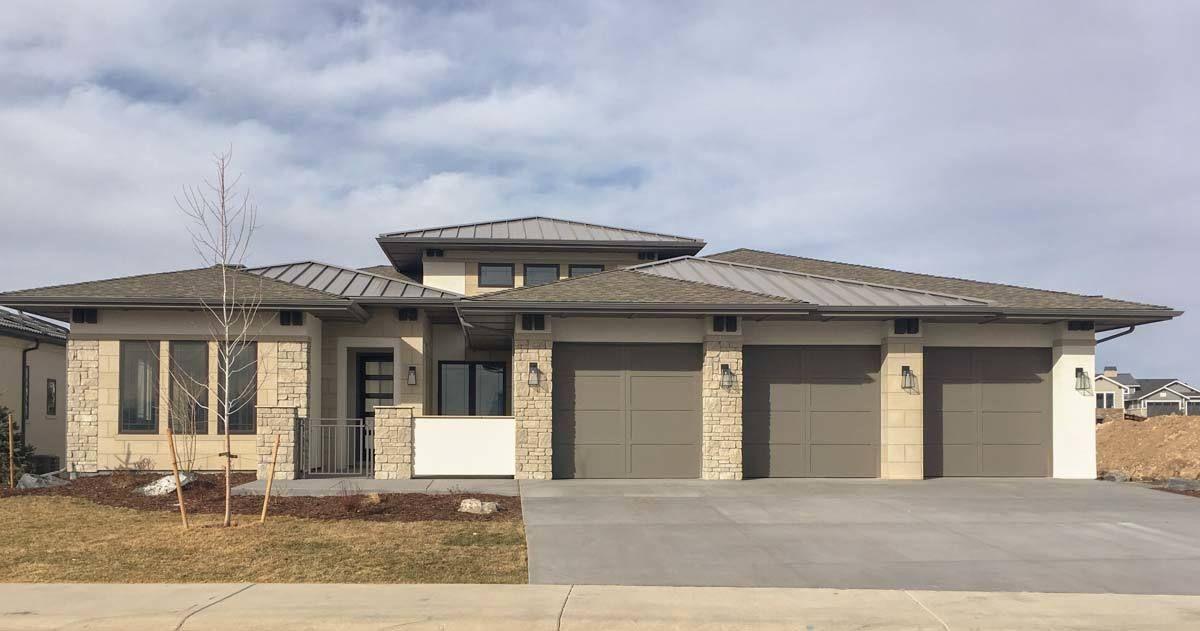 House · Modern Prairie House Plan ...