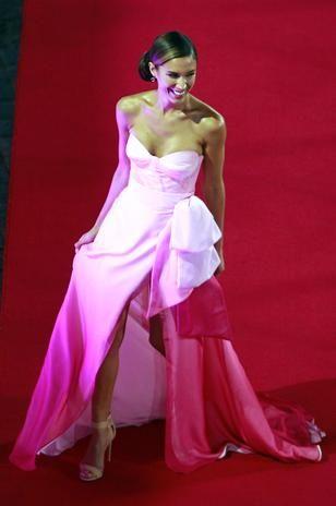 Vanessa Borghi en la gala del festival de viña del mar 2014, realmente se robó la noche
