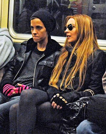 Jay-Z Unrecognized by Artist Ellen Grossman on NYC Subway