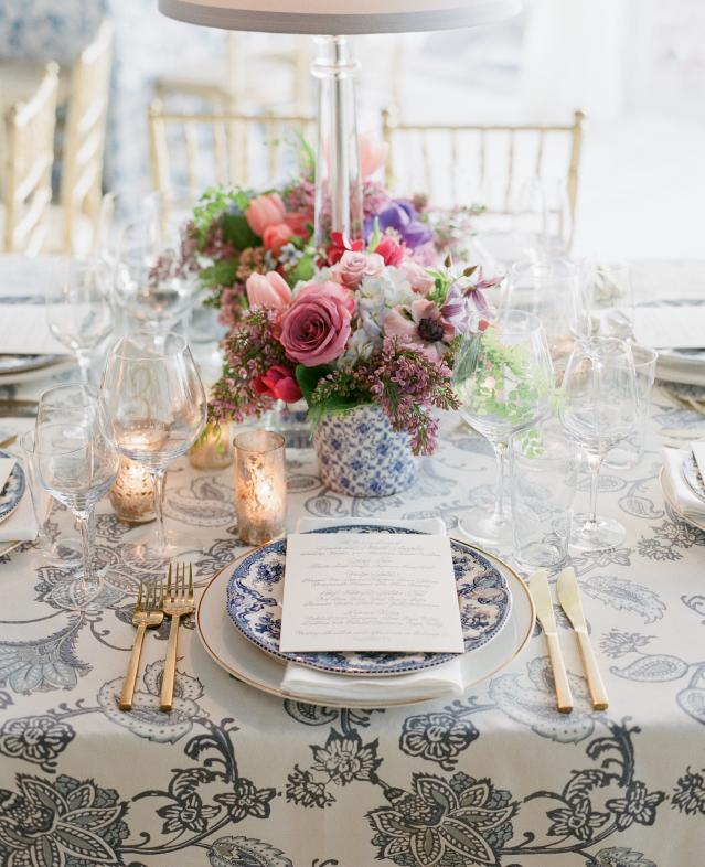 La Tavola Fine Linen Rental: Ajanta Tan Indigo Sky | Photography: Corbin Gurkin, Event Planning, Design & Florals: Tara Guerard Soiree, Rentals: Snyder Events