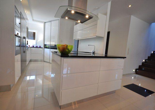 Najlepsze Kuchnie 2015 Roku Nowoczesne Kuchnie Projekty Forum Meble Kuchenne Kuchnie Na Zamowienie Wyspa Kuchenna Home Home Decor Furniture