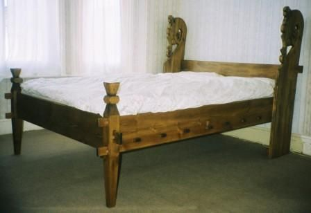 Carved Viking Dragon From Viking Bed Furniture Mobler Tra