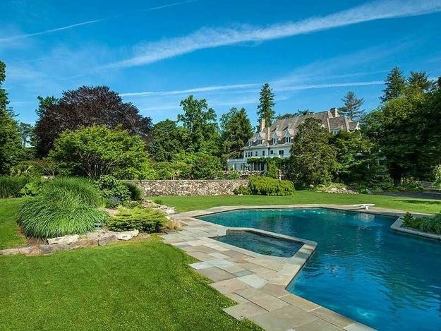 75 Foot Pool And Spa Houses In America Expensive Houses American Houses