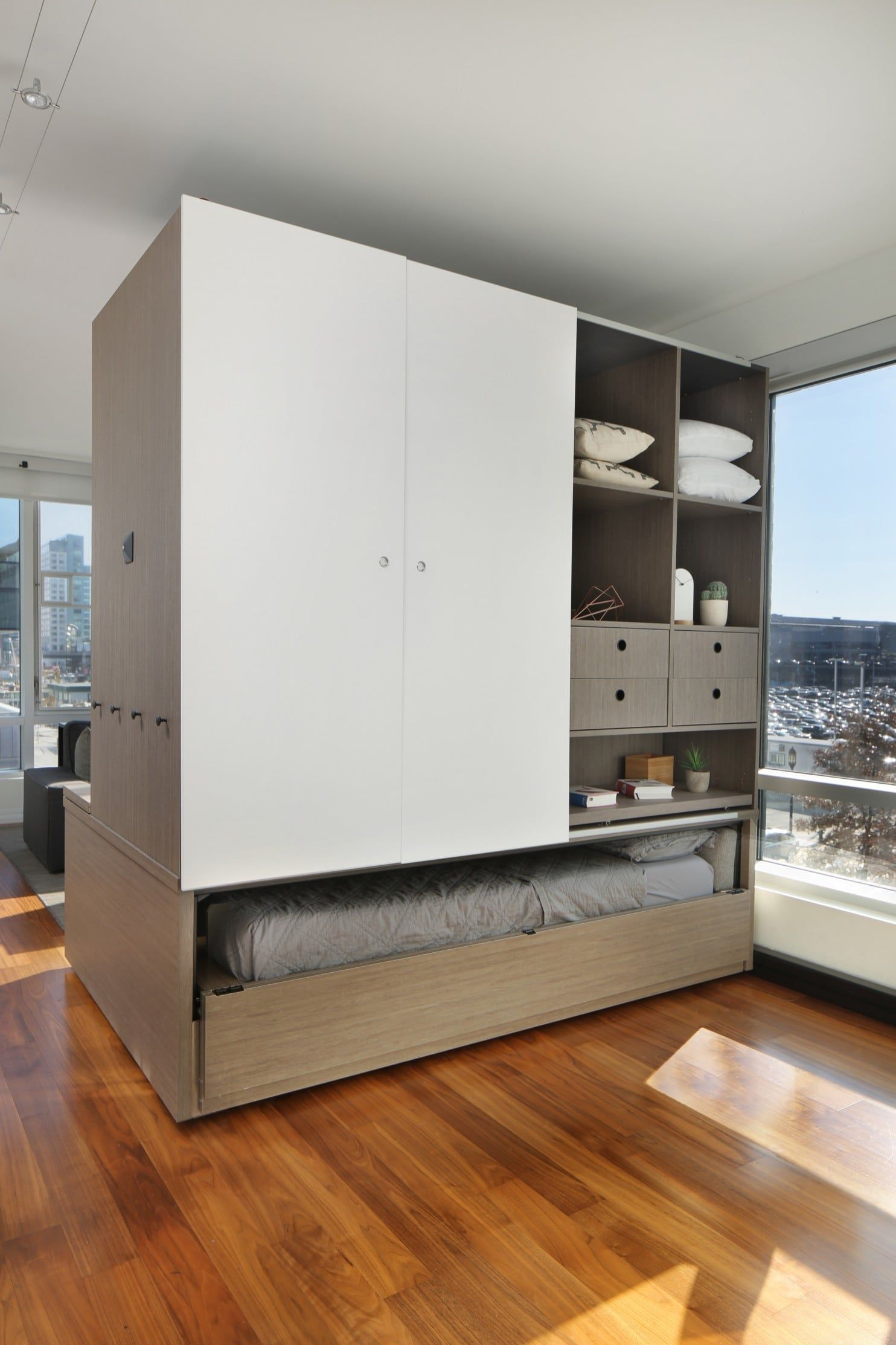 Turn a bedroom into a living room at the touch of a button | Minimal ...