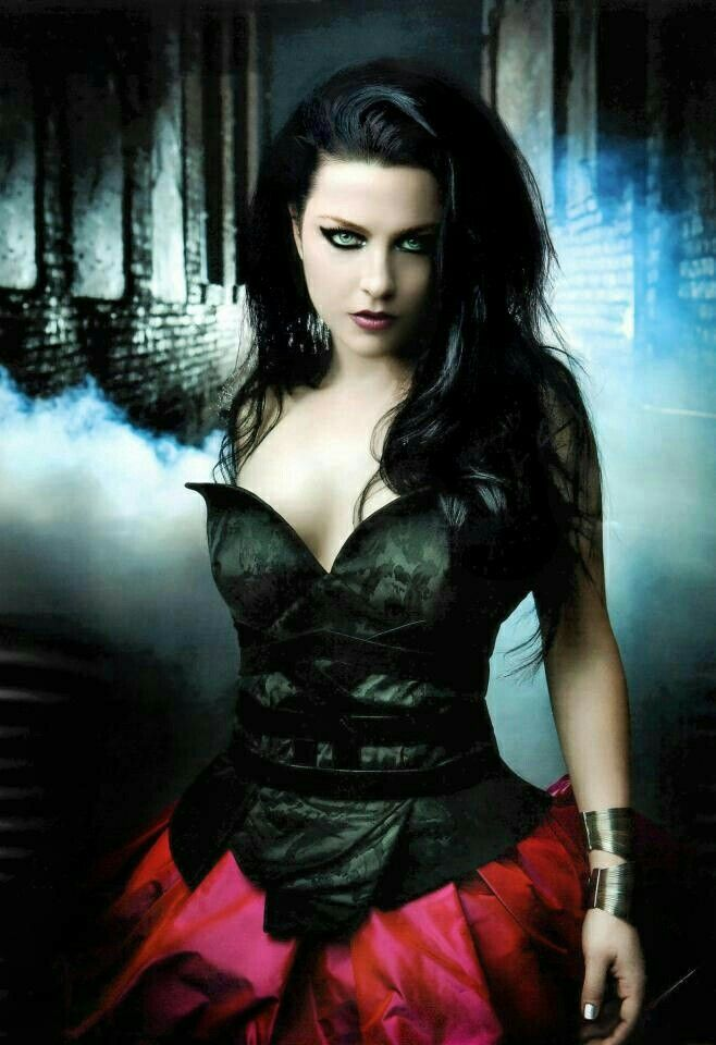 The very sexy Amy Lee from Evanescence