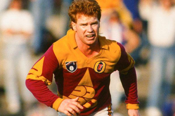 5fe31741 Brisbane Bears Long Sleeve 1992 | Footy Jumpers I Want | Winter ...