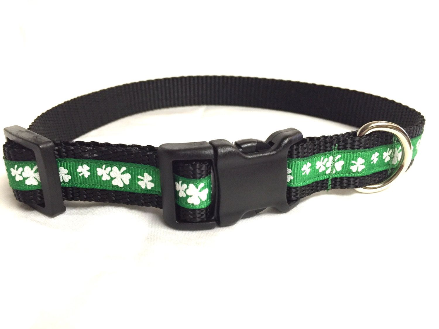Dog collar-Shamrock dog collar-four leaf clover-green dog collar-St Patrick's dog collar-holiday collar-adjustable collar-handmade collar #Etsy #Favorite #EtsyFav #Share #EtsyShop Shared by #BaliTribalJewelry http://etsy.me/1sDZ302
