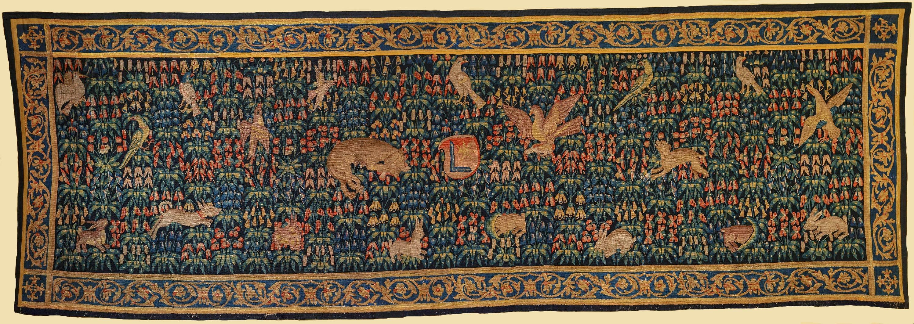 Verdure tapestry of millefleur type with coat of arms by Anonymous from Bruges, beginning of the 16th century (PD-art/old), Zamek w Pieskowej Skale