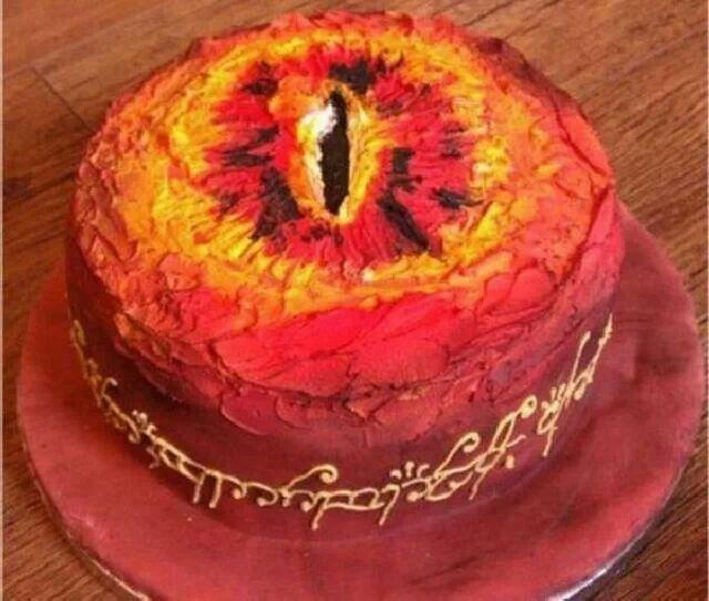 I know this is supposed to be the Eye of   Sauron, but doesn't it look like a flaming vagina? This is a visual representation of what it feels like the first week after giving birth. We should make this cake for new moms.