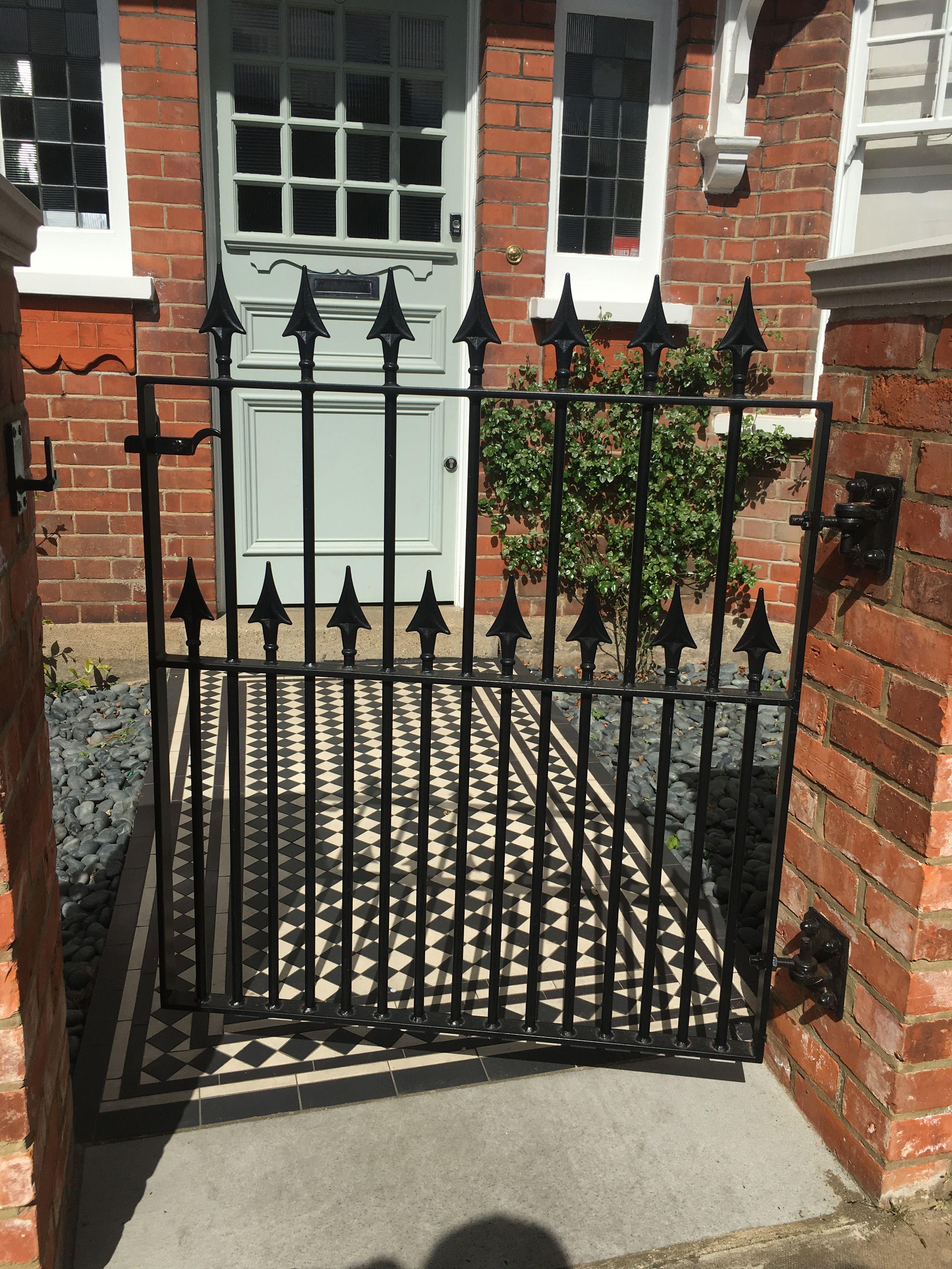 West London Edwardian House Front Garden Pretty Black Wrought