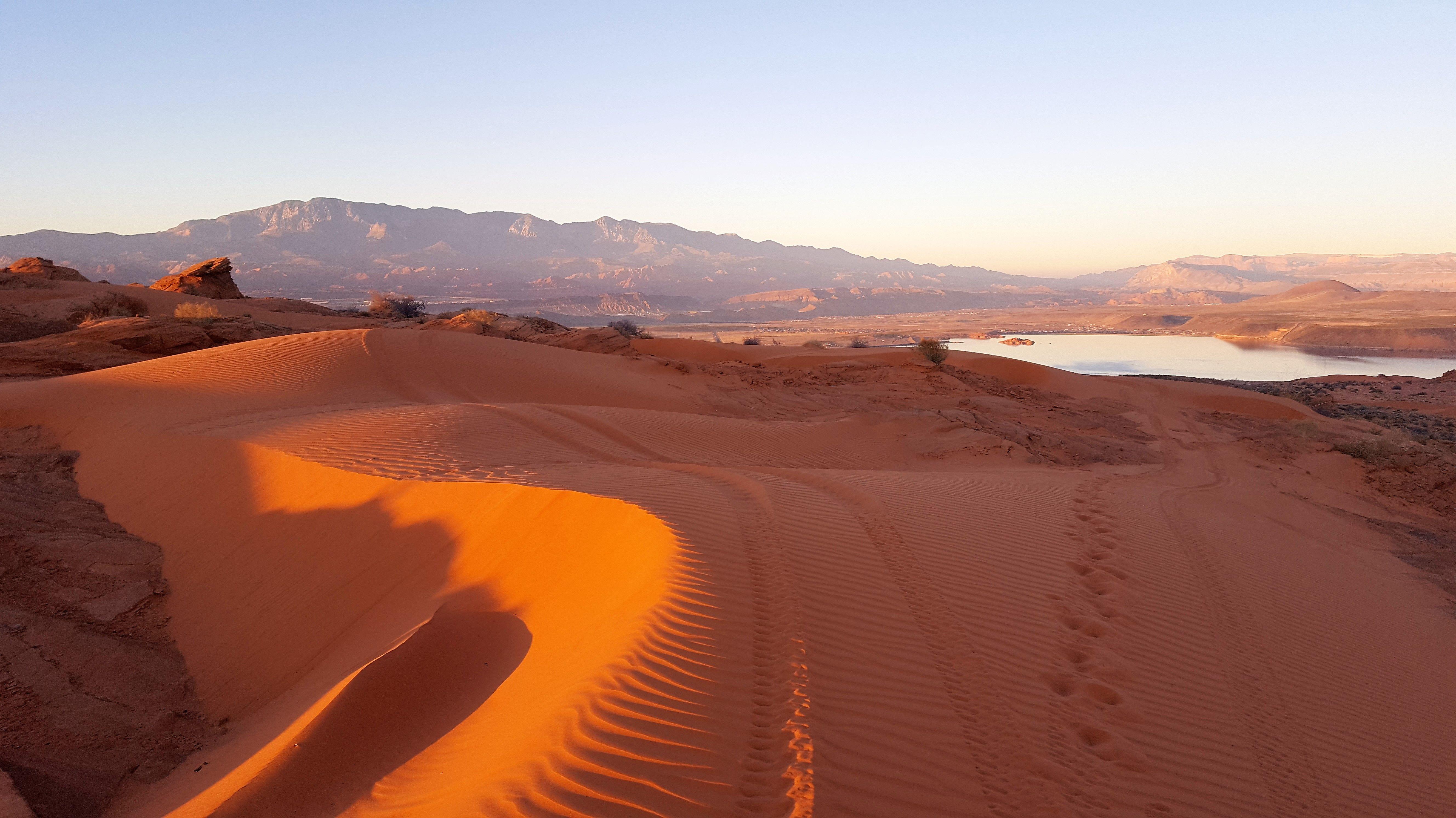 Sand Dunes On Sand Mountain At Sand Hollow State Park Hurricane Ut Utah State Parks Nevada Travel Vegas Trip