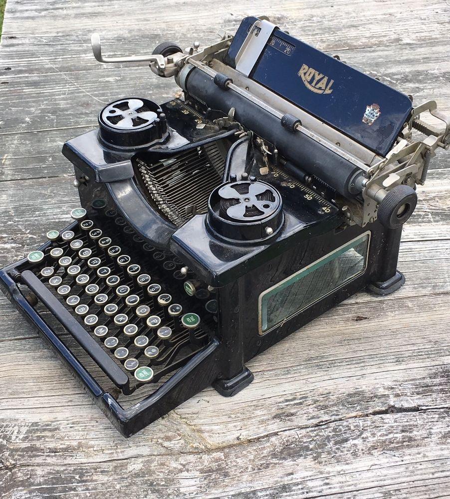 Beautiful Antique Royal Model 10 Typewriter Glass Sides Typewriter Antiques Antique Typewriter