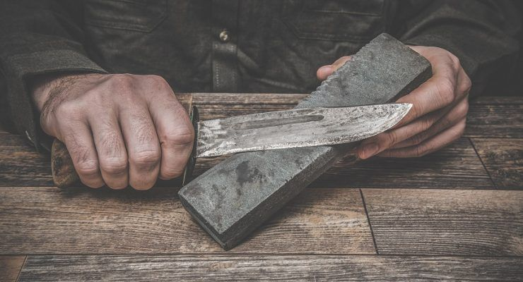 How to sharpen a knife properly hunting survival blade