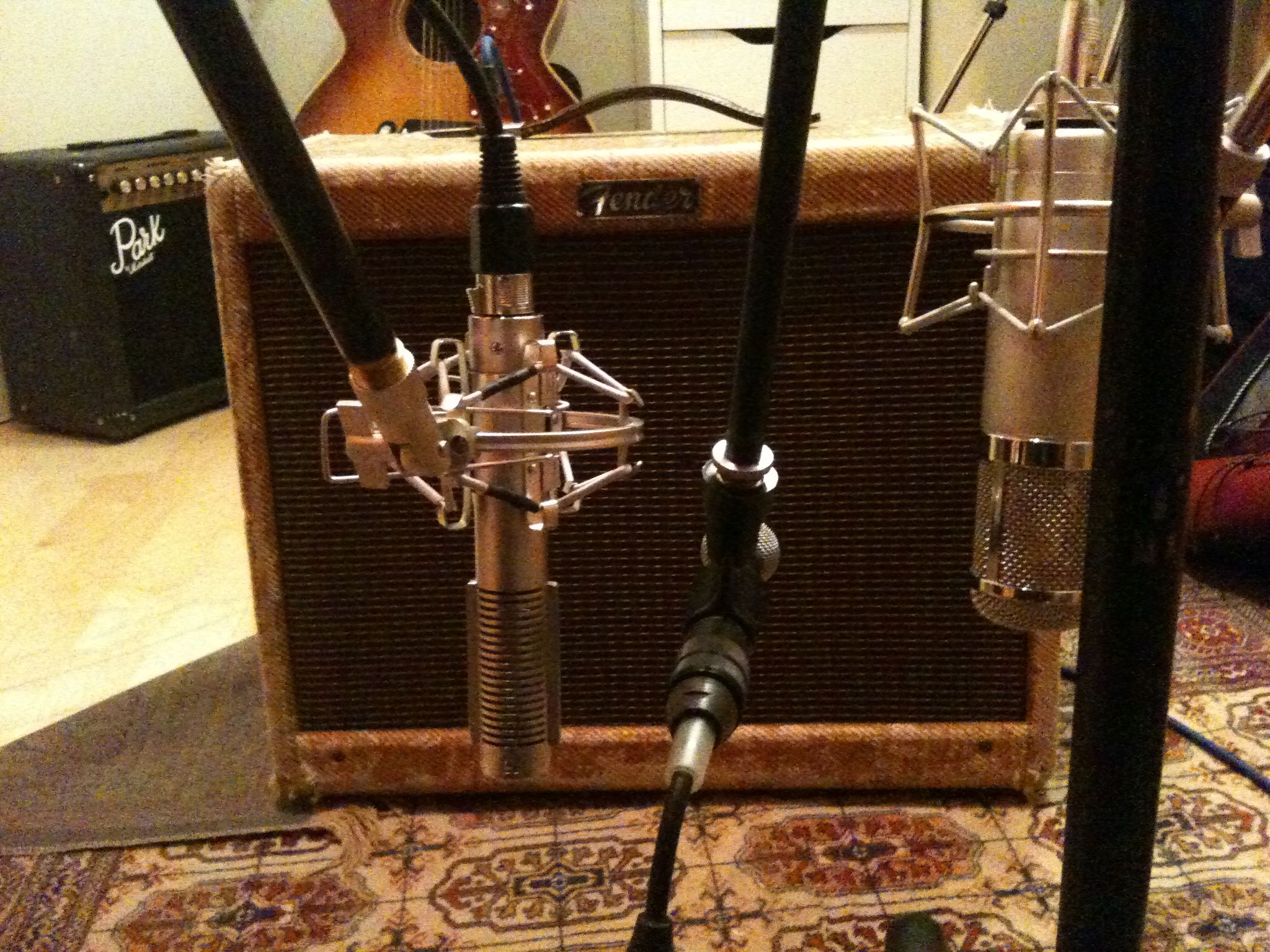 Vintage Fender Tweed Deluxe 1954 Mics And Preamps Love