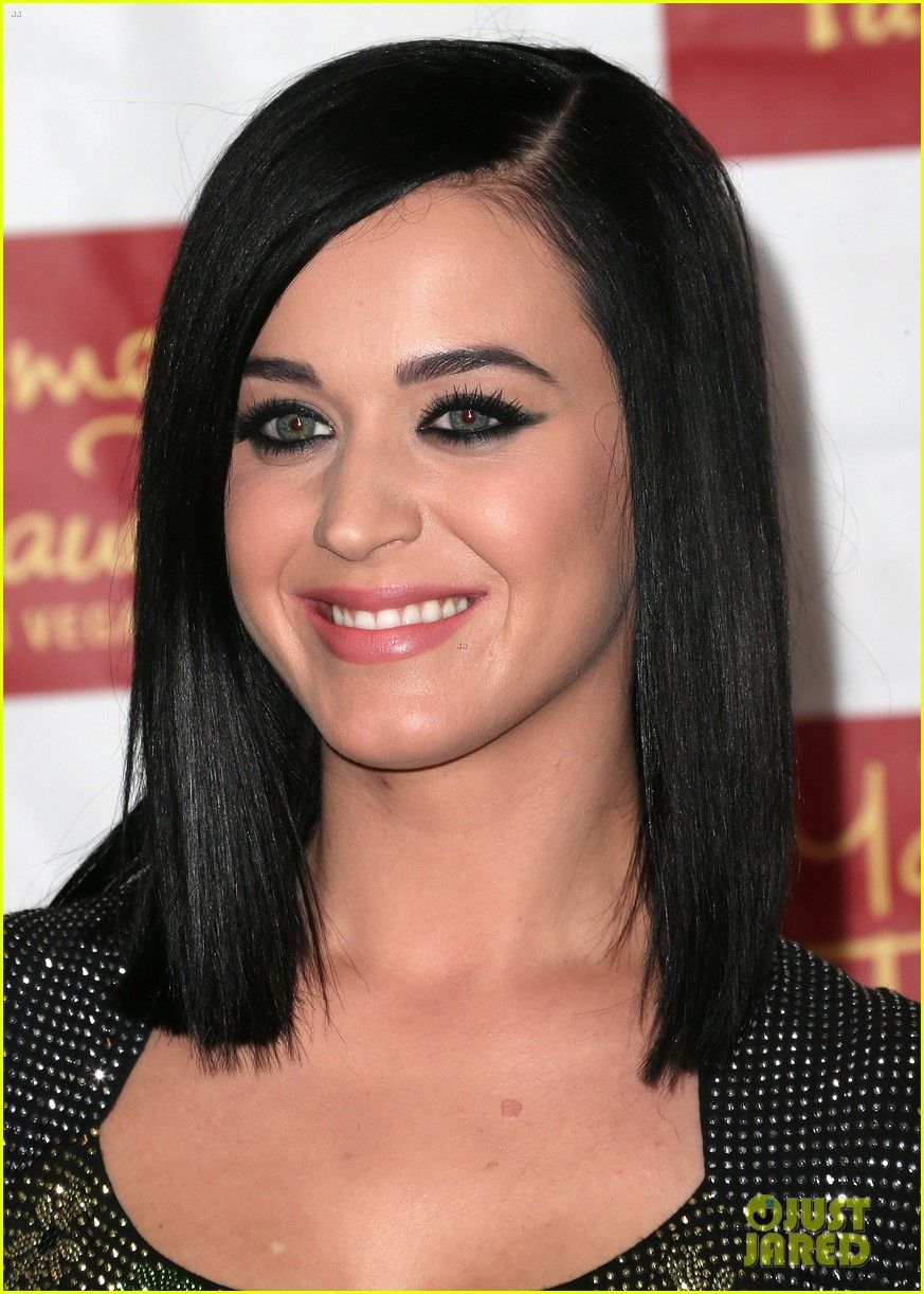 katy perry unveils wax figure at madame tussauds   katy perry