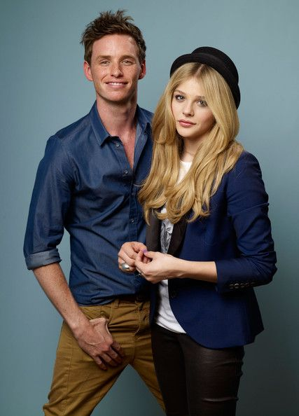Eddie Redmayne And Chloe Grace Moretz From Hick Lk And One Of The Gold Siblings