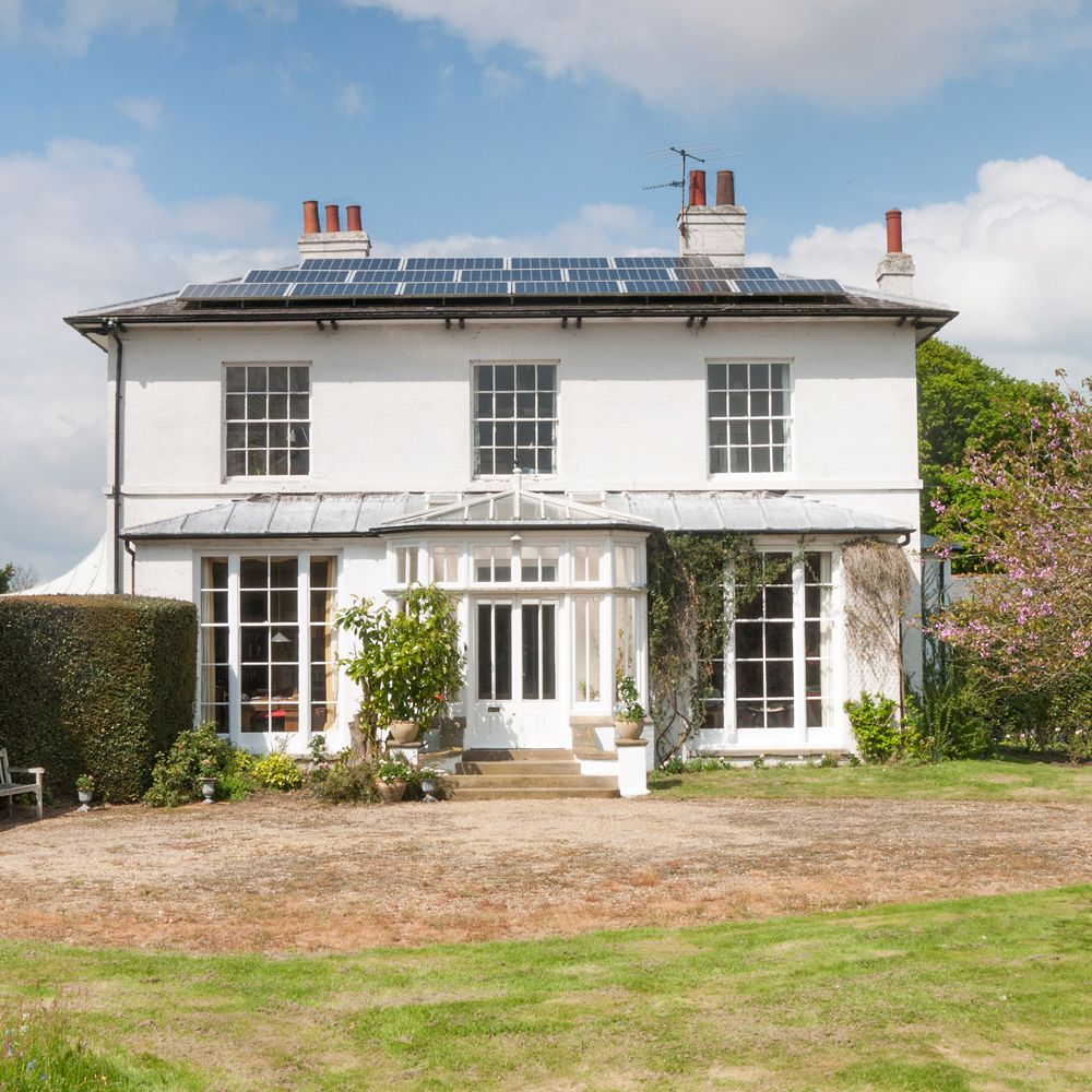 Enjoy A Tour Of The Old Rectory An Elegant Country House In Clacton On Sea Charming House World Of Interiors Country House