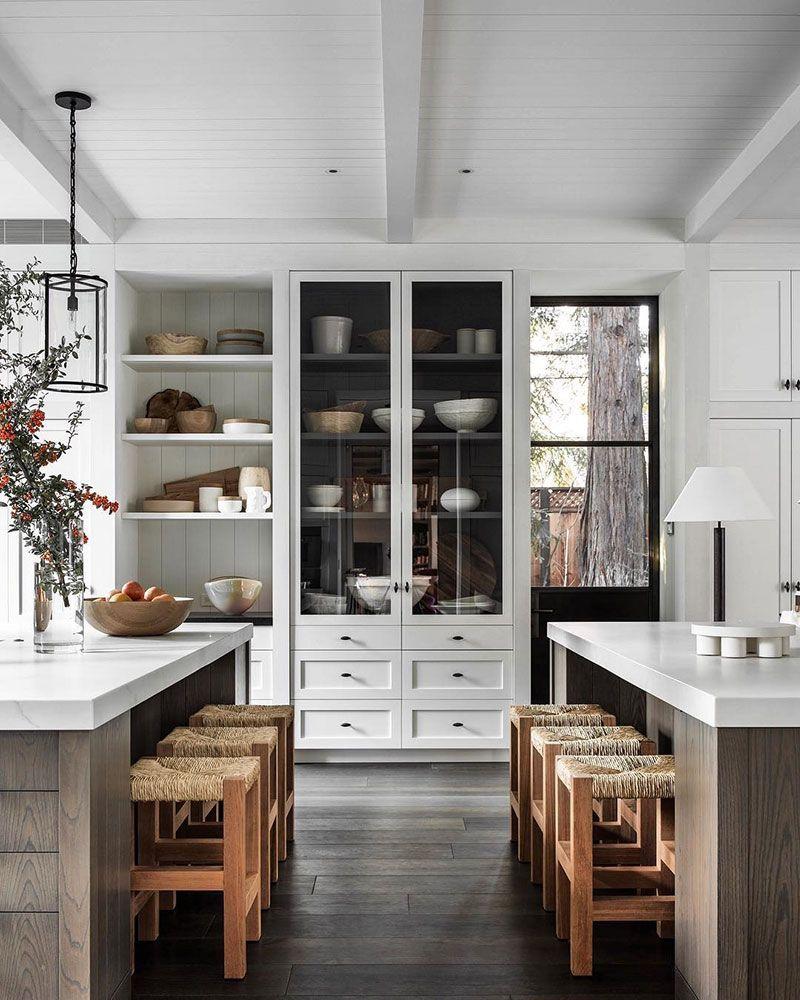 Stilnye I Obayatelnye Interery Fotografa Shade Degges Foto Idei Dizajn Interior Design Kitchen Home Kitchens Kitchen Design