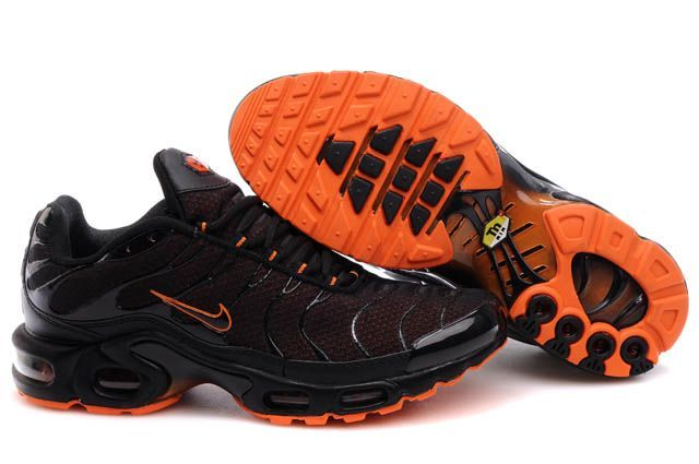 baskets nike tn homme orange