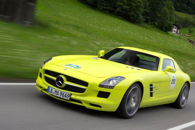 Grenzbereich: Mercedes-Benz SLS E-Cell bei der E-Silvretta