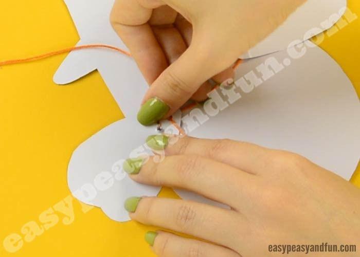 bewegliche eulenpapierpuppe