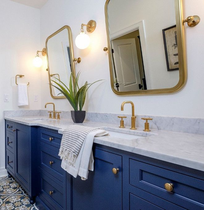 Blue Cabinet Paint Color Benjamin Moore 2062 20 Gentleman S Gray Blue Bathroom Vanity Blue Bathroom Light Blue Bathroom