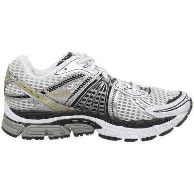 Saucony Women s ProGrid Triumph 8 Running Shoe on Sale  ac8f83cec1