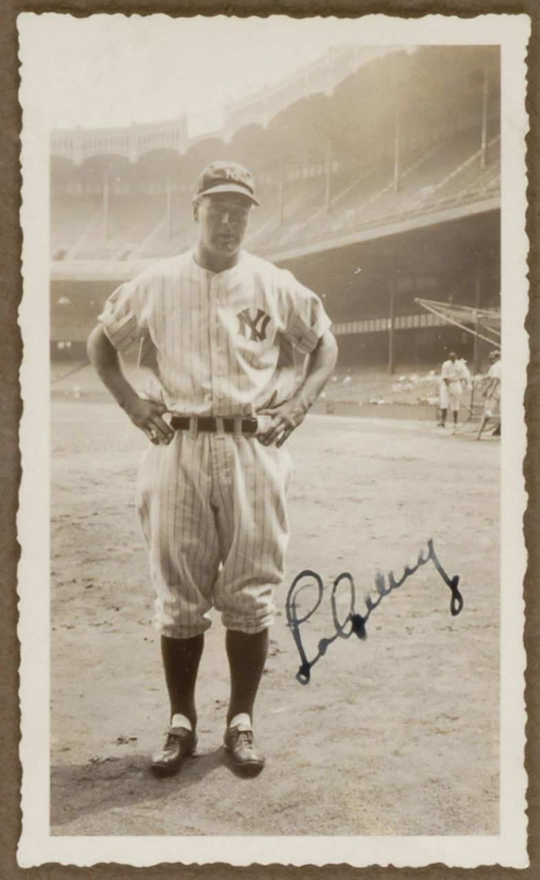 Lou Gehrig Signed Photo Awwesome New York Yankees