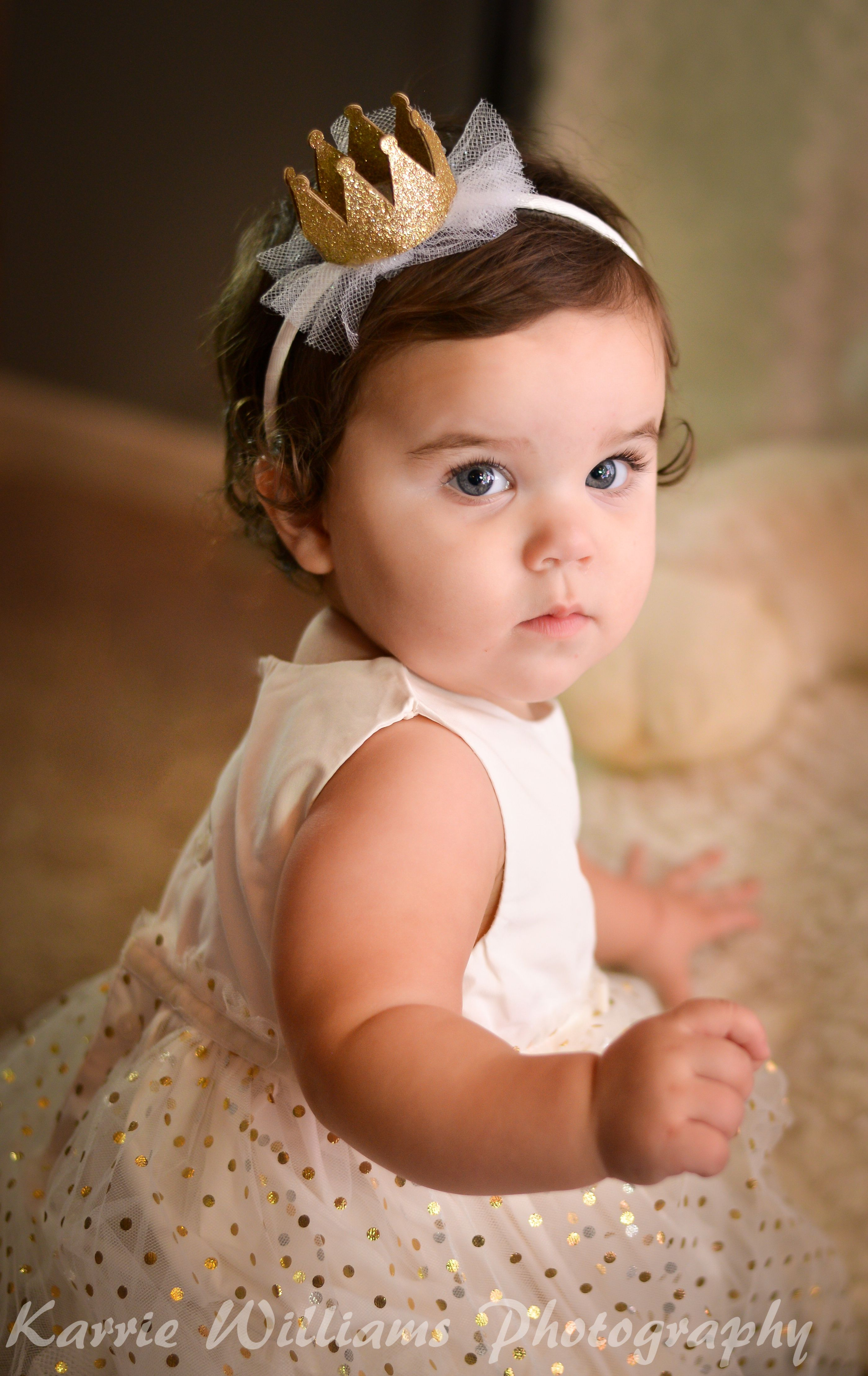 One Year Old Girl Birthday Photo Shoot. Child Photography