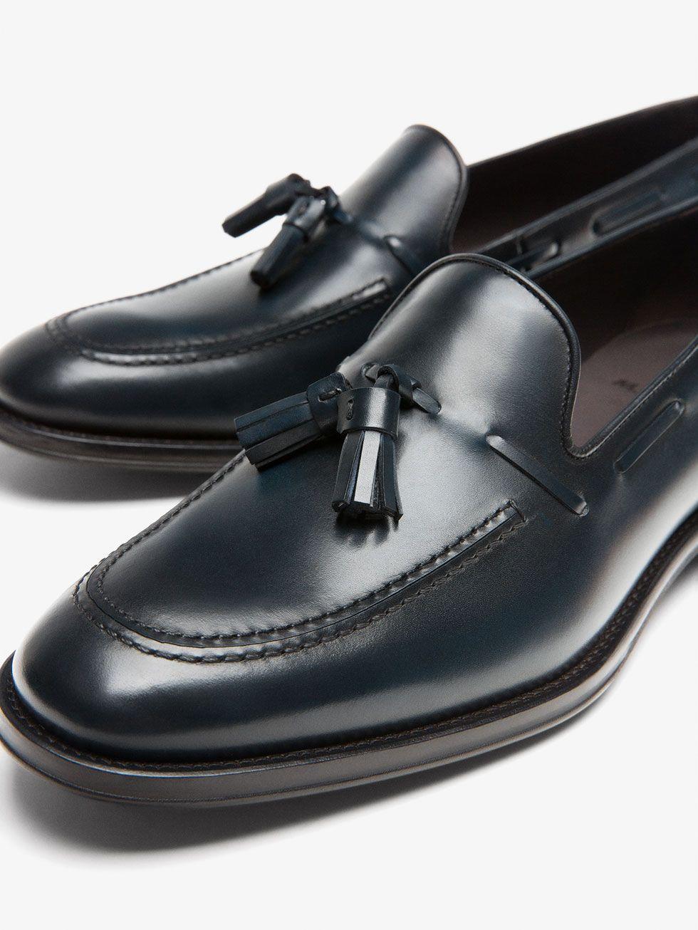 bc855a800ef ZAPATO MOCASÍN VESTIR PIEL AZUL de HOMBRE - Zapatos de Massimo Dutti de  Primavera Verano 2017 por 89.95. ¡Elegancia natural!