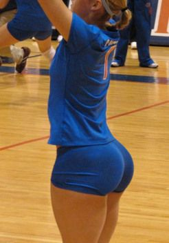 Who love volleyball players to tight spandex see vigina