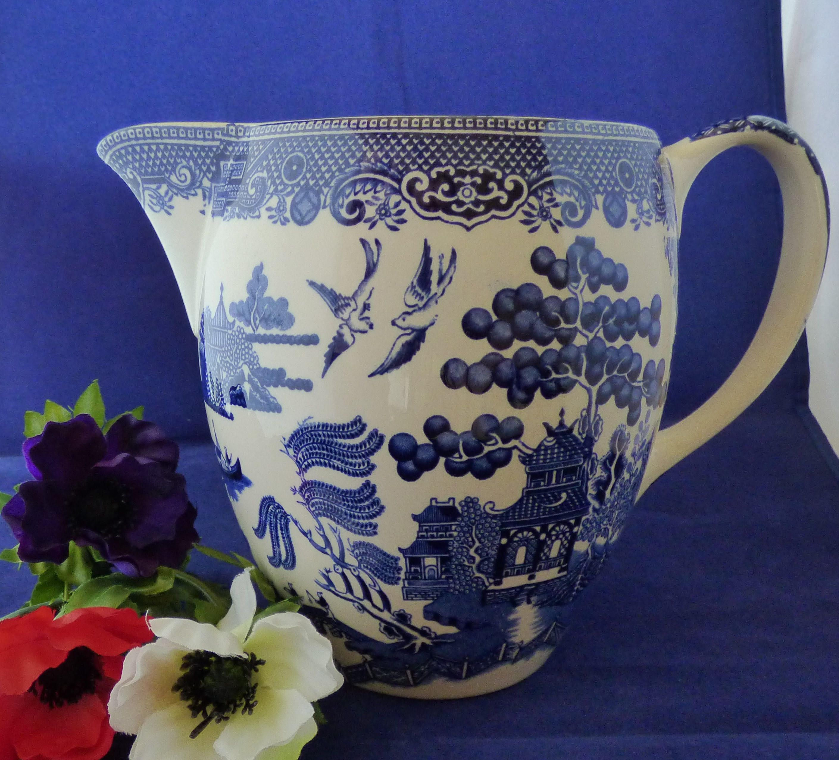 An antique Johnson Bros blue and white 'Willow' pattern large jug/ pitcher. Just perfect for breakfast time. Very collectible! by Alexsprettyvintage on Etsy