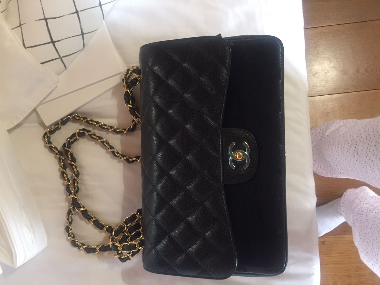 Pin by saiaka kakak on Diamond Shoulder bag, Wallet on a