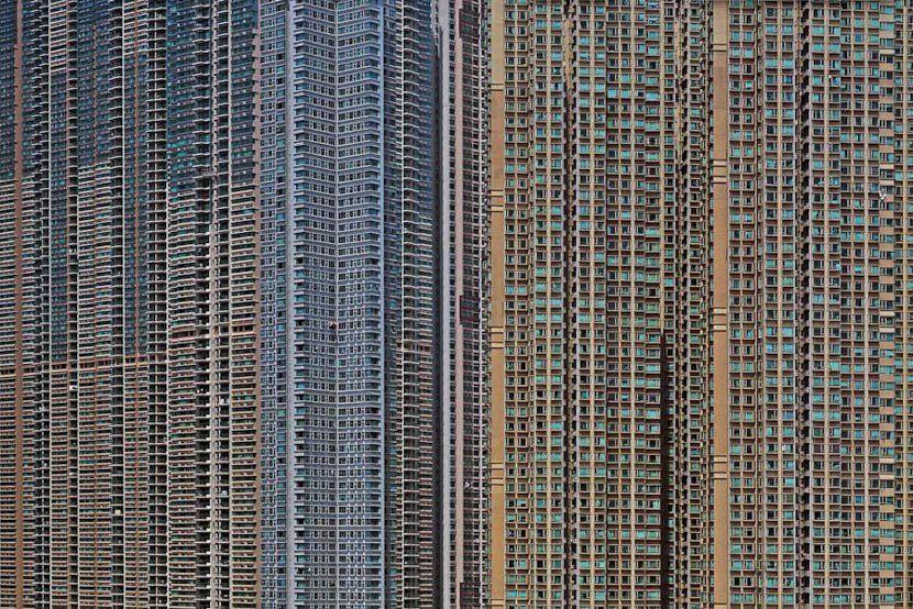 Michael Wolf︰我特別喜歡拍攝旺角、深水埗、北角這些地方,我覺得這裡才是最真實的香港,而且是我喜歡的香港。
