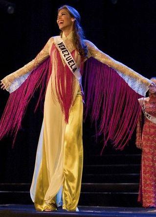 Dayana Mendoza en Vietnam dentro de los Eventos previos a Certamen de Miss Universe 2008