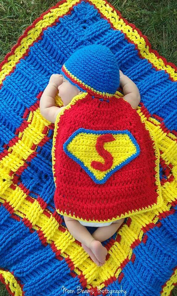 Superman crochet outfit with blanket | Craft Ideas | Pinterest ...