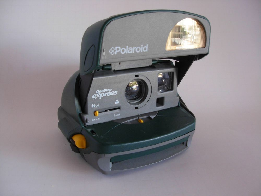 Polaroid Camera Urban Outfitters : Polaroid one step express retro point and shoot green camera