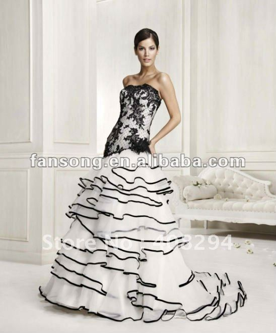 Images of White Wedding Dress With Black Lace - Reikian