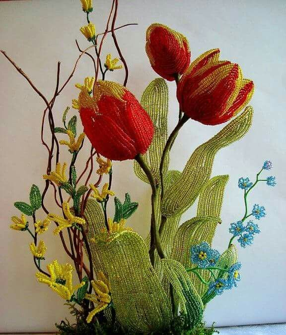 Tulips from beads