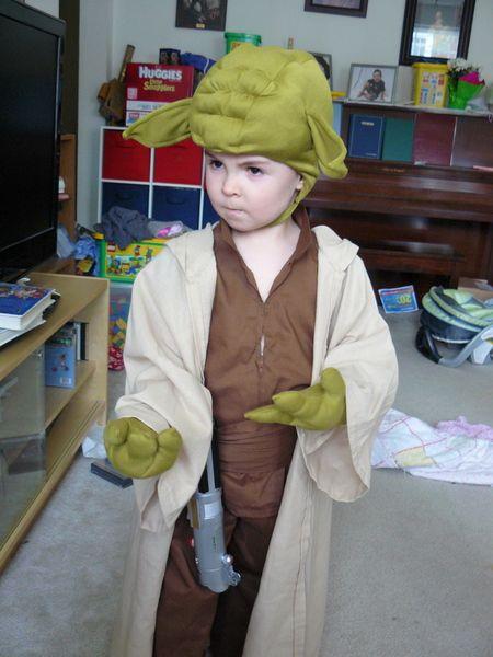 Dollar Store Crafts , 9 Handmade Children\u0027s Star Wars Costumes , yoda,  leia, darth