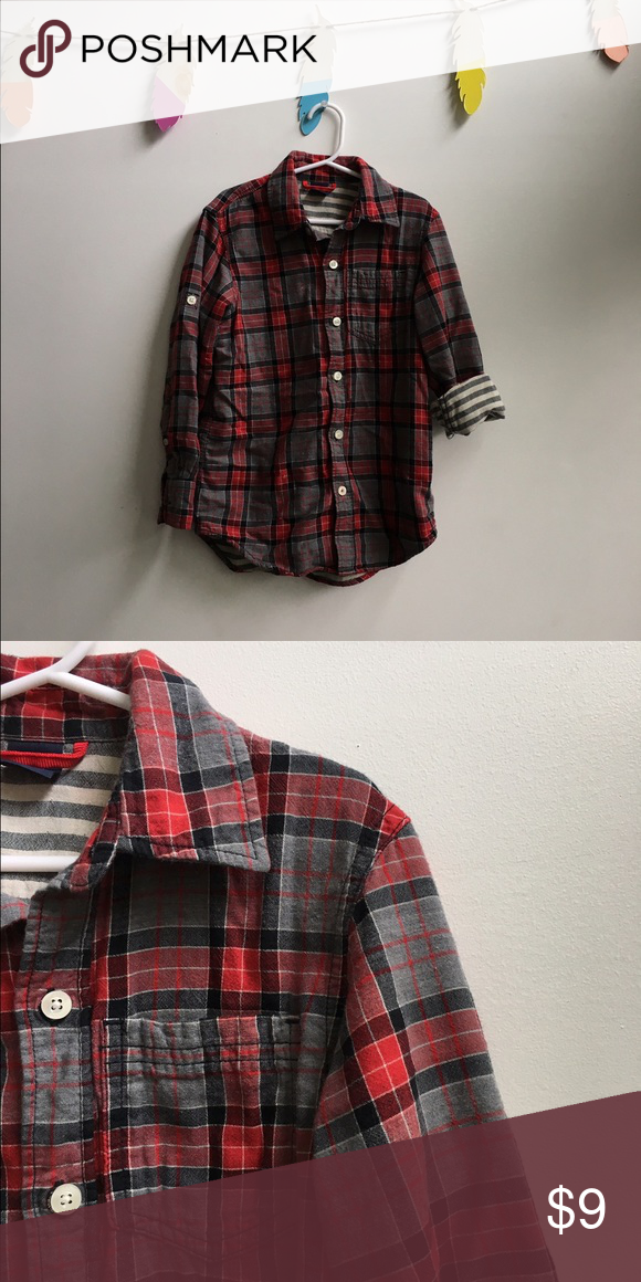 Gap Kids button down M 6-7 Loved this one! These fit on the 7 end better. VG/EUC so cute with the sleeves folded 😍 GAP Shirts & Tops Button Down Shirts