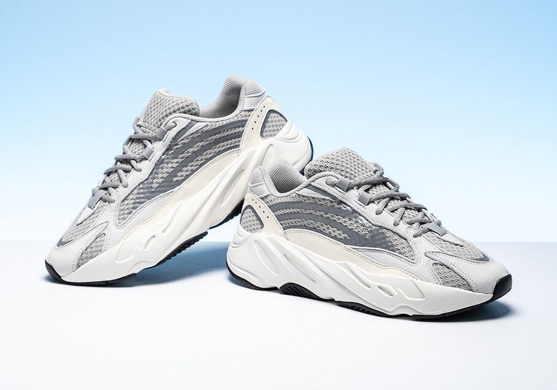 Adidas Yeezy Boost 700 v.2 static