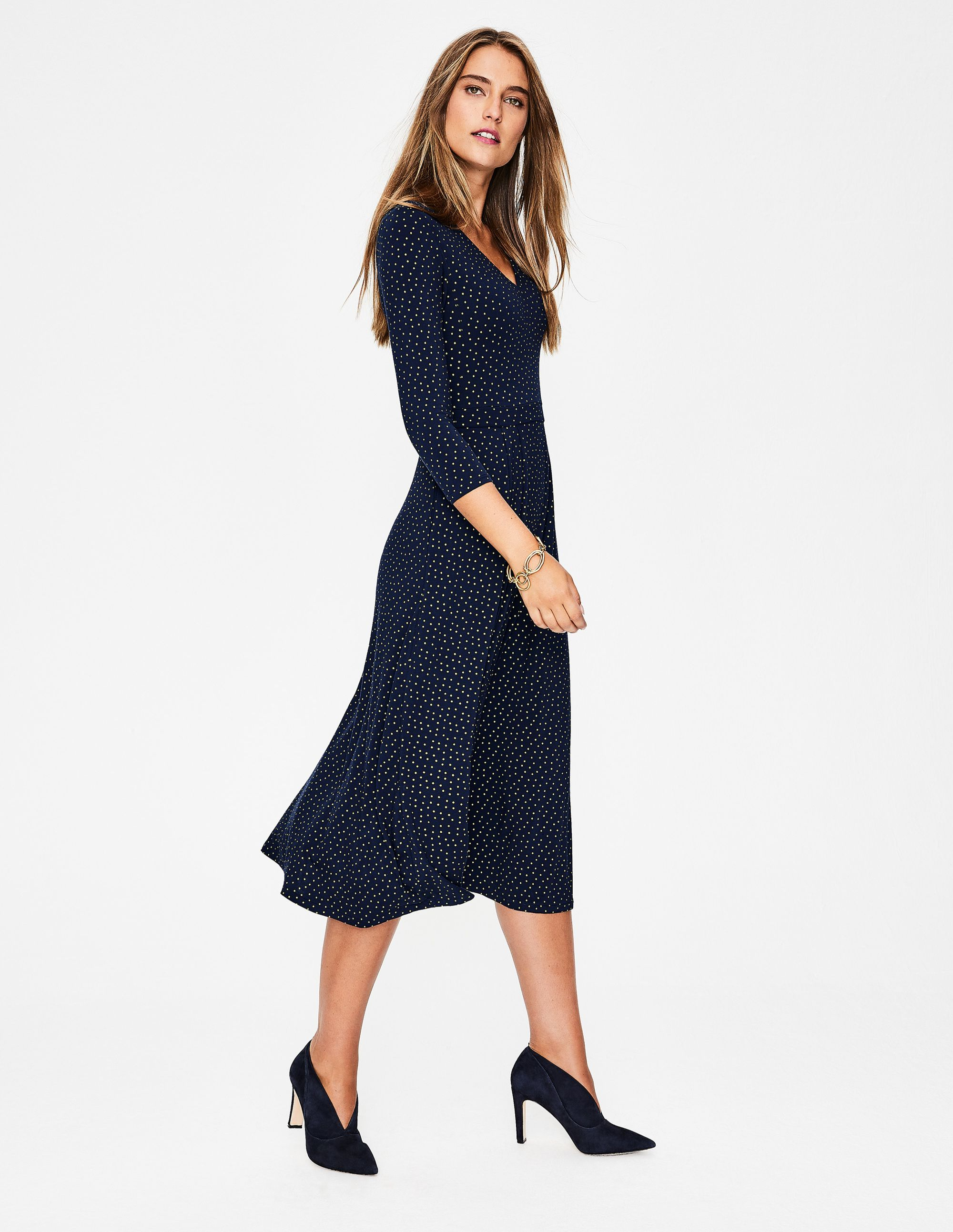 Love The Drape Color And Style Of This Midi Dress From Boden Dresses Smart Dress Navy Midi Dress [ 2586 x 2000 Pixel ]