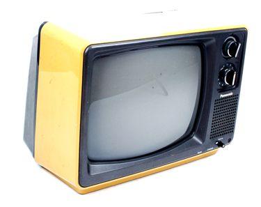 Vintage Modern Television Set Description 1970 S Retro Yellow