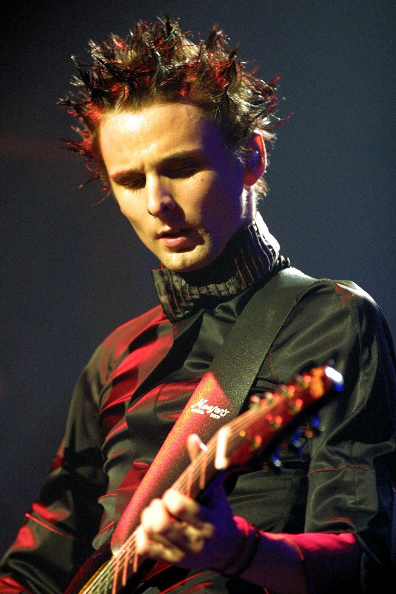 matthew bellamy guitar